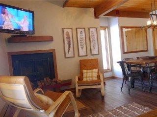 Wood Creek Condominium, Wonderful Year-Round Getaway (201158)