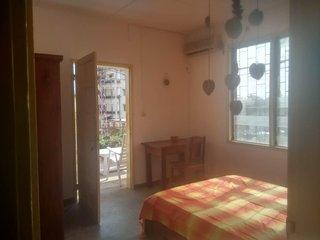 Centre Lomé Nyékonakpoé - Maison Ahoefa / Chambre 2, Lome