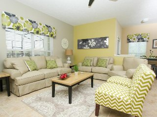 Paradise Palms Resort - 5BD / 4BA Town House  near Disney - Sleeps 10 - Gold