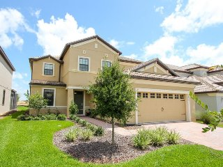 ChampionsGate - Pool Home 5BD/4.5BA - Sleeps 11 - Platinum - RCG542