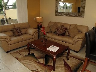 Windsor Hills   Town Home 3BR/3BA   Sleeps 8   Platinum - RWH301, Kissimmee