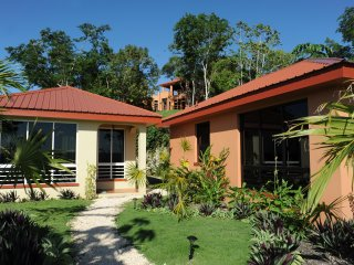 Villa Cayo #4 Luxury Affordable Accommodations