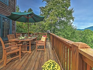'Dream Catcher' 4BR Sapphire Cabin w/ MTN Views!