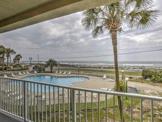 NEW! Pristine 2BR Miramar Beach Condo w/Balcony!