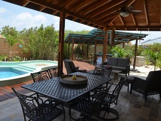 Casa Verde, a lovely villa with private pool and fabulous outdoor living space