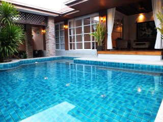 3 BEDROOM PRIVATE POOL WALKING STREET CENTRAL PATTAYA 15 MINUTES AWAY