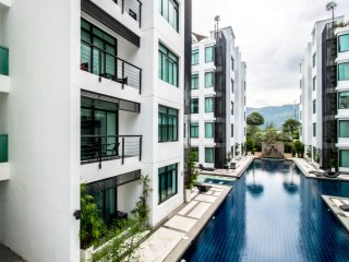 3 bedroom apartment with mountain and pool view in Kamala