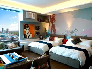 Posh Condominium Suite in Entrata Alabang, Good for 4 to 6 Pax