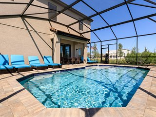 Balmoral Resort 155 Kenny Blvd UHP 3 Bed/3.5 Bath Villa