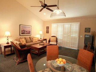Unit #36-09 Relax and Enjoy this Pool Side Beauty!, Palm Desert