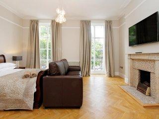 Modern Deluxe One Bedroom Apartment, Marylebone