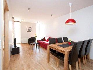 Njálsgata - Two-Bedroom Apartment