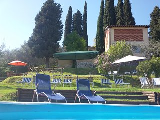 FIORDALISO LUCCA garden Pool & Stunning views WIFI