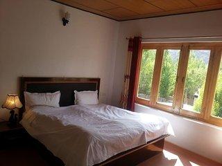 Family run comfortable home stay Room 2, Leh
