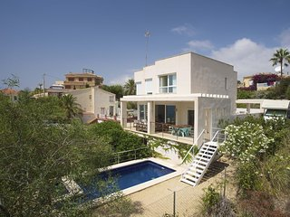 Villa Oceana!, Campello