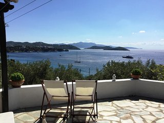 Terrace over the Agean, villa with 3 bedrooms overlooking Ftelia, Megali Ammos
