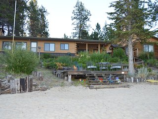 DONNELLY BEACH HOUSE; ! BEST BEACH ON LAKE CASCADE* !