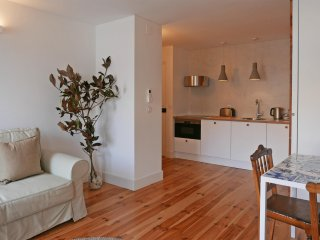 New! COZY LISBON - Author Apartments - Graca 2B