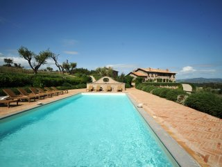 Luxury Umbrian Country Villa with private Pool