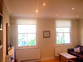 Beautiful Bright Spacious Victorian 2 Dbl Bedroom Top 2 Floors Flat