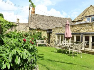 Coach House, Burford  - Country cottage in the Cotswolds