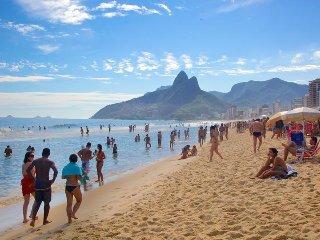 Top apartamento/Ipanema a 70 metros da praia no local mais seguro e sofisticado