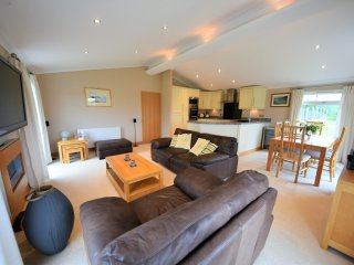 Luxury Lodge on Noddfa Holiday Village between Pwllheli and Seasid Morfa Nefyn.