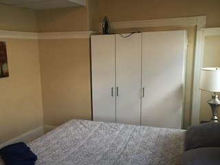Beautiful Spacious Room (SU2-2), Somerville