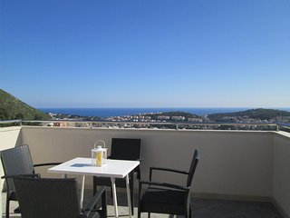 Apts Villa Dadić- Comfort Two Bedroom Apt with Terrace and Sea View A3+2 - APT2