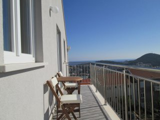 Apts Villa Dadić - Comfort One Bedroom Apt with Balcony and Sea View A2+1 - APT4