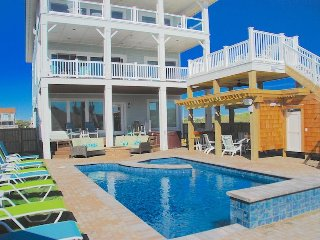 Happy Sol - 9 Bedroom Oceanfront Home w/1 Day of Free H2OBX TIckets