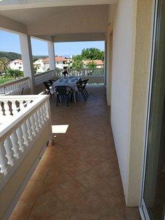 A-žuti(5): terrace