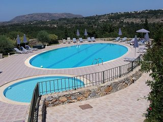 Tranquil Villa in Hills of Crete with Pool near Villages In Beautiful Greece.