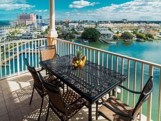 Harborview Grande 802 Luxury Waterfront Penthouse/ Just steps to the White, Clearwater