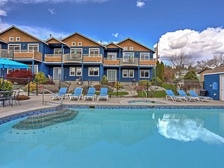NEW! 3BR Manson Townhome w/Spectacular Lake Views