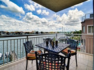 Heavenly View by BeachhouseFL  New owner with great last min deals, Clearwater