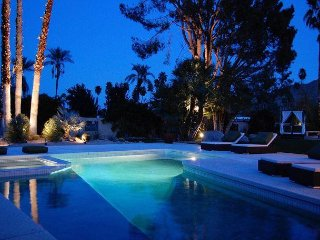 Silver Orchid~Very Private Resort-Style Pool Yard!