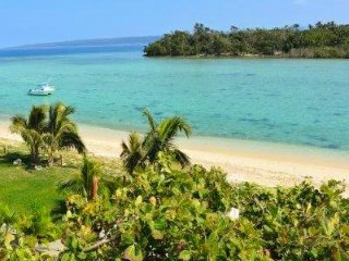 Pandanus Beach House, Port Vila