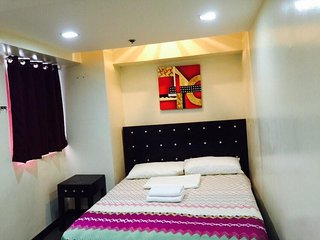 14F 1BR LOFT TYPE CONDO for 2, Quezon City
