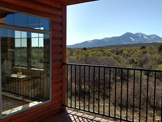 7 Bedroom  5 Bath Lodge and Cabins - Sleeps up to 35, La Sal