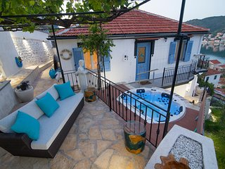 BAY VIEW HOUSE ITHAKI GREECE