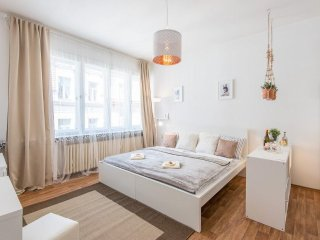 Apartment 194 m from the center of Prague with Lift, Washing machine (498702), Praga