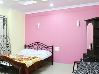 Single apartment room, 1.5 km from Chinaman Waterfall