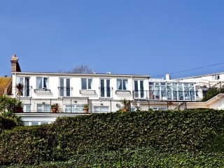 The Penthouse, 7 Roundham Heights located in Paignton, Devon