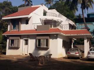 5 bkh 2500 sq.ft  bunglow