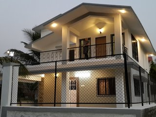 Independent villa nestled in the laps of Sahyadri