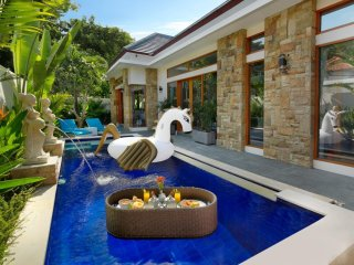 Cozy 2 Bedroom Private Pool Villa in Legian