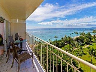 Breathtaking Ocean Views in this Beautiful Waikiki Shore Condo, Full Kitchen