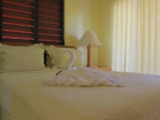 Allamanda Beach Club - 2nd Floor Standard Room ~ RA143538