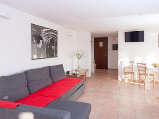 Modern apartment in downtown Rome